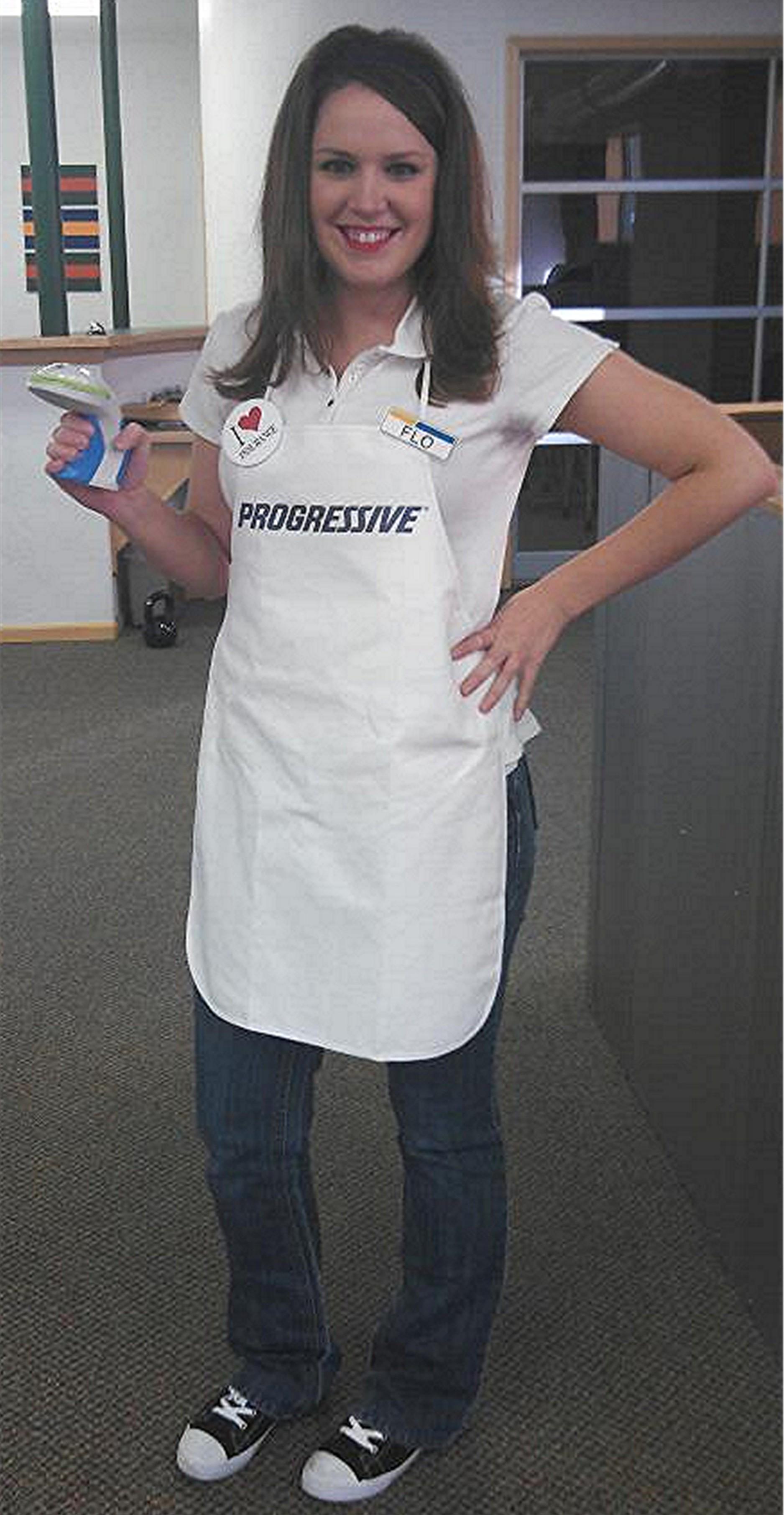 White apron progressive - Flo Bot
