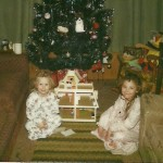 Amy & Corrie Christmas dollhouse