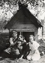 Allen-and-Ruth-Spencer-with-dog