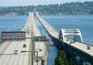 i-90_floating_bridges_looking_east