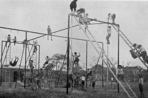 playground-equipment-1900