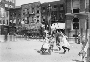 playground-equipment-1910