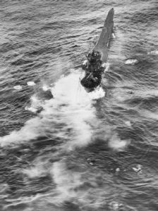 u-boat-sinking