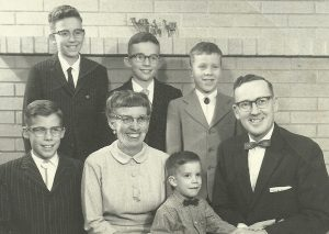 Frank and Hellen Knox Family